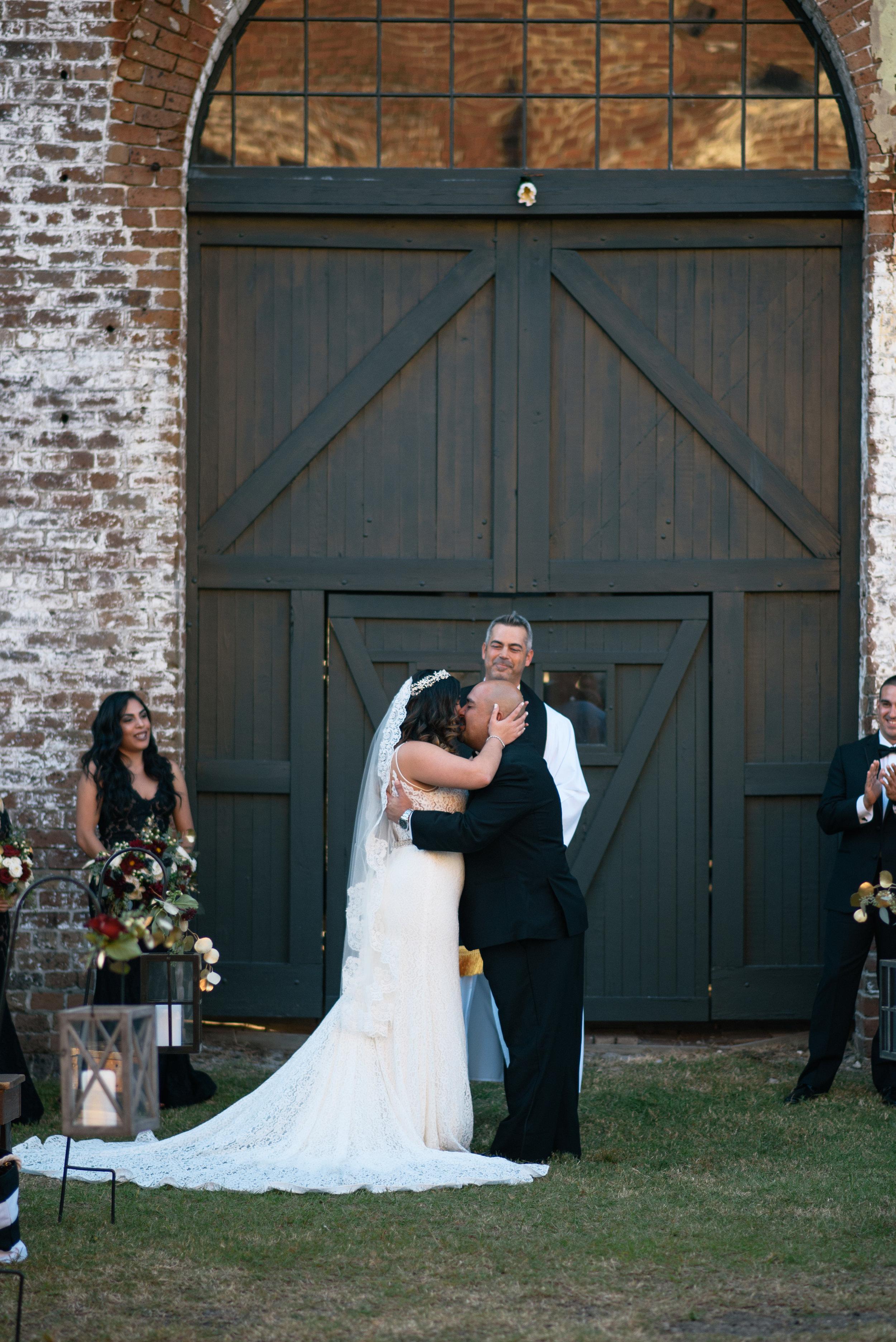 Iggy-and-yesenia-savannah-railroad-museum-wedding-meg-hill-photo- (491 of 1037).jpg