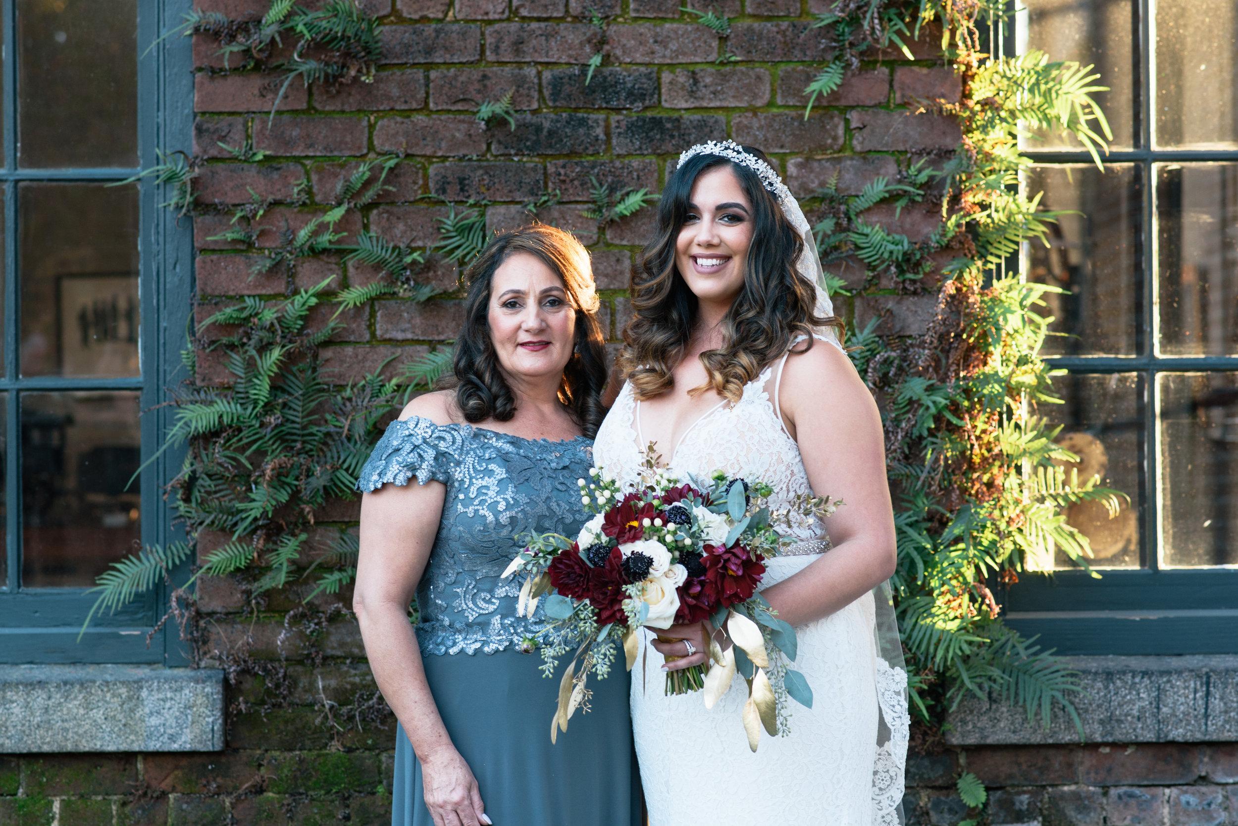 Iggy-and-yesenia-savannah-railroad-museum-wedding-meg-hill-photo- (541 of 1037).jpg