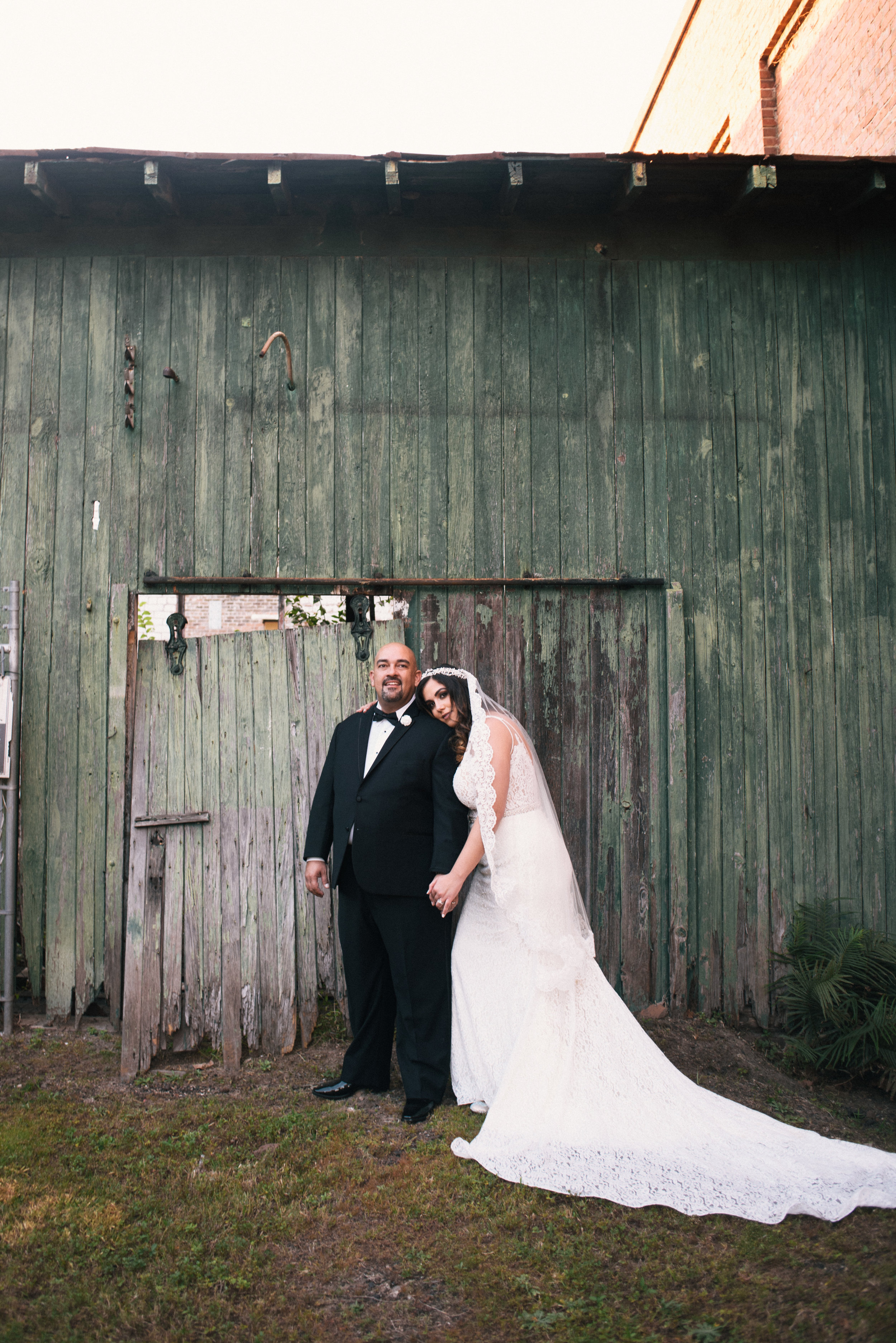Iggy-and-yesenia-savannah-railroad-museum-wedding-meg-hill-photo- (698 of 1037).jpg