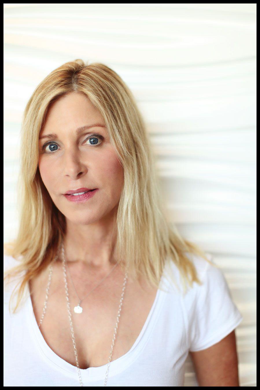 TINA ROCCA   founder /healthy living expert