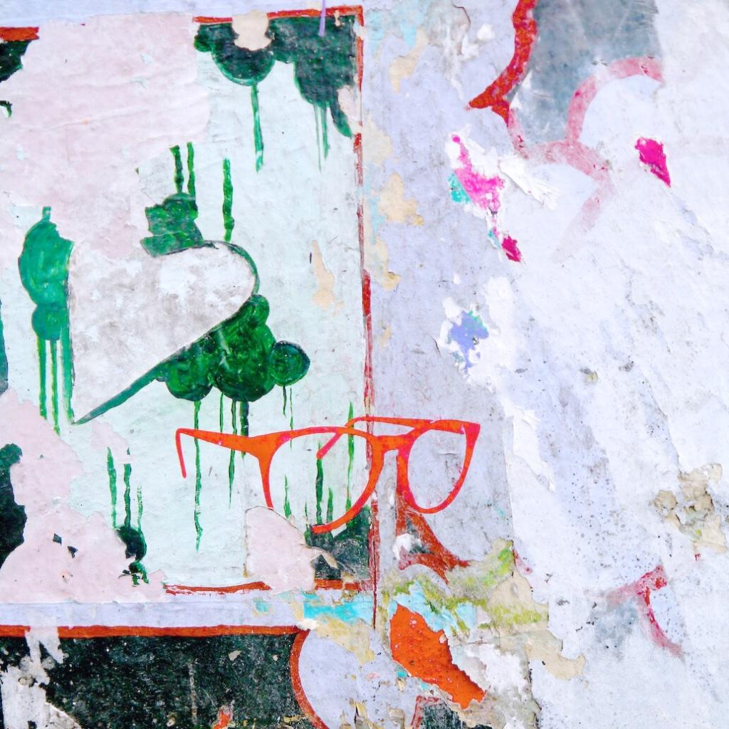 Stef_Etow_graffiti_glasses.jpg