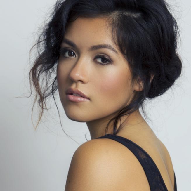 Established California   Beauty   Stephanie Navarro