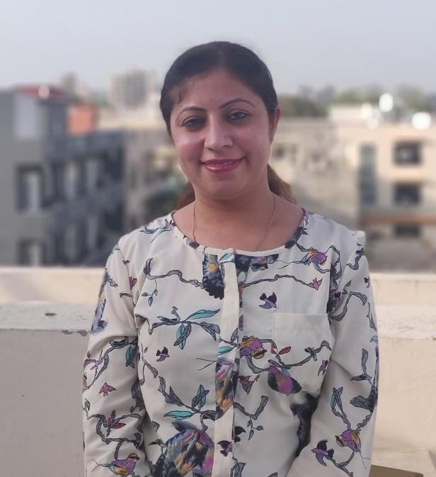 Karina Dhamija, Human Resource Manager