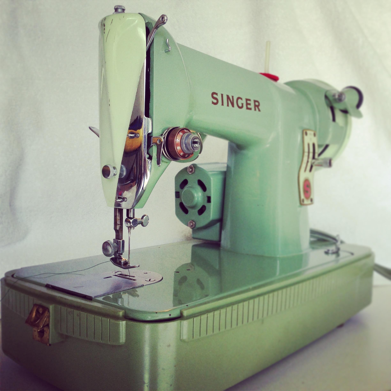 Singer 185J