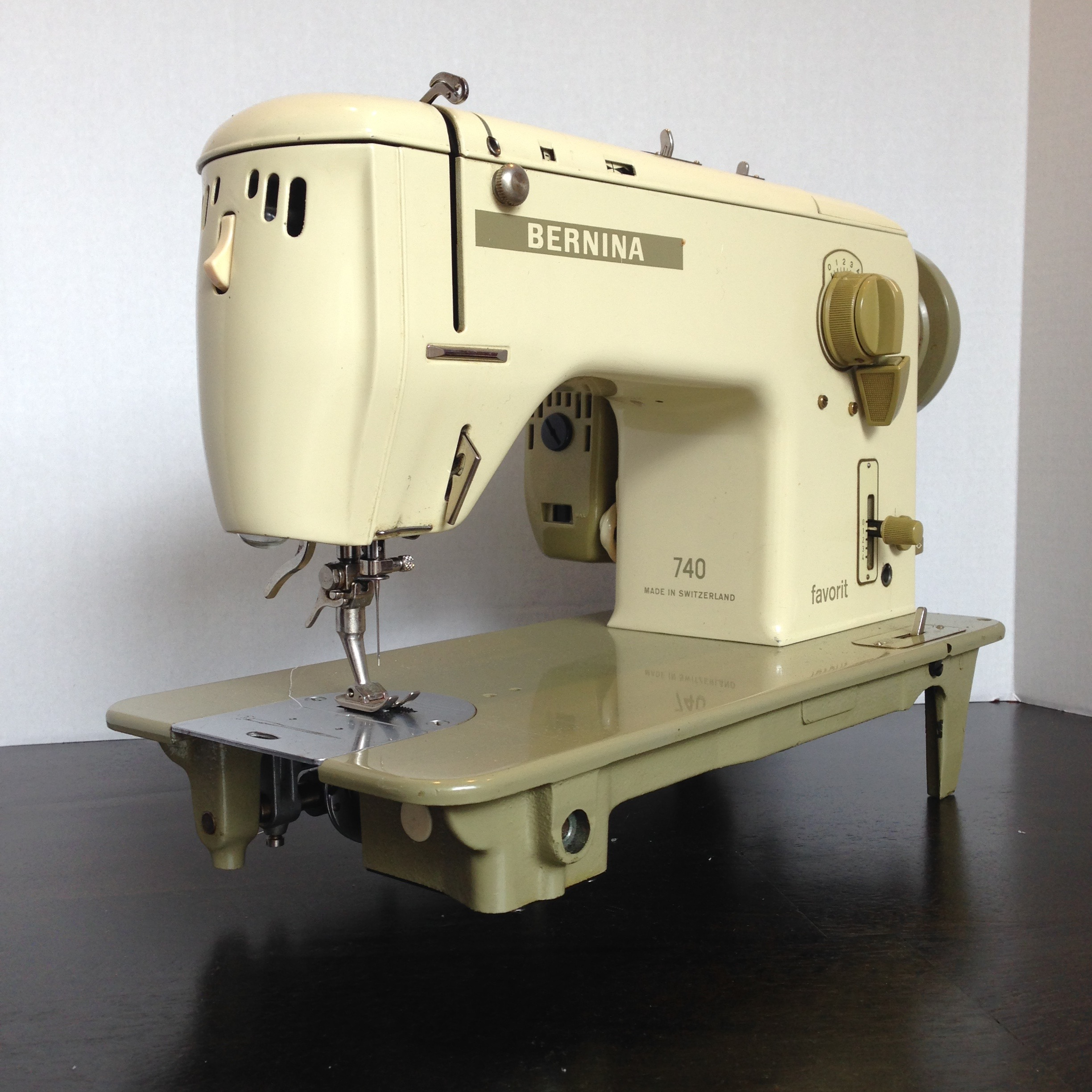 Bernina 740 Favorit