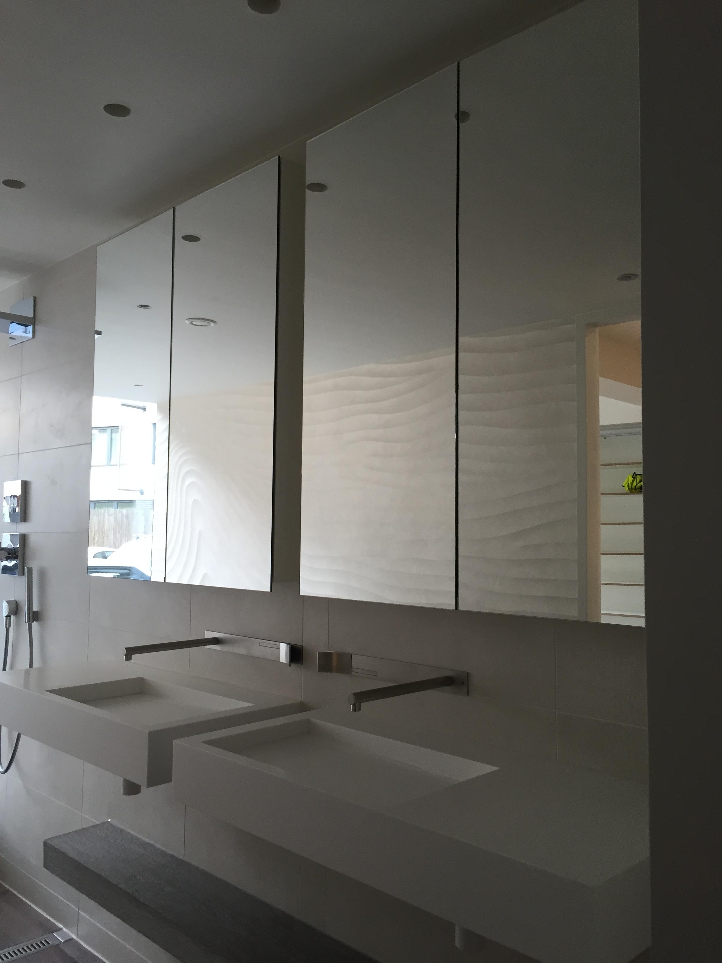 mirror doors.jpg