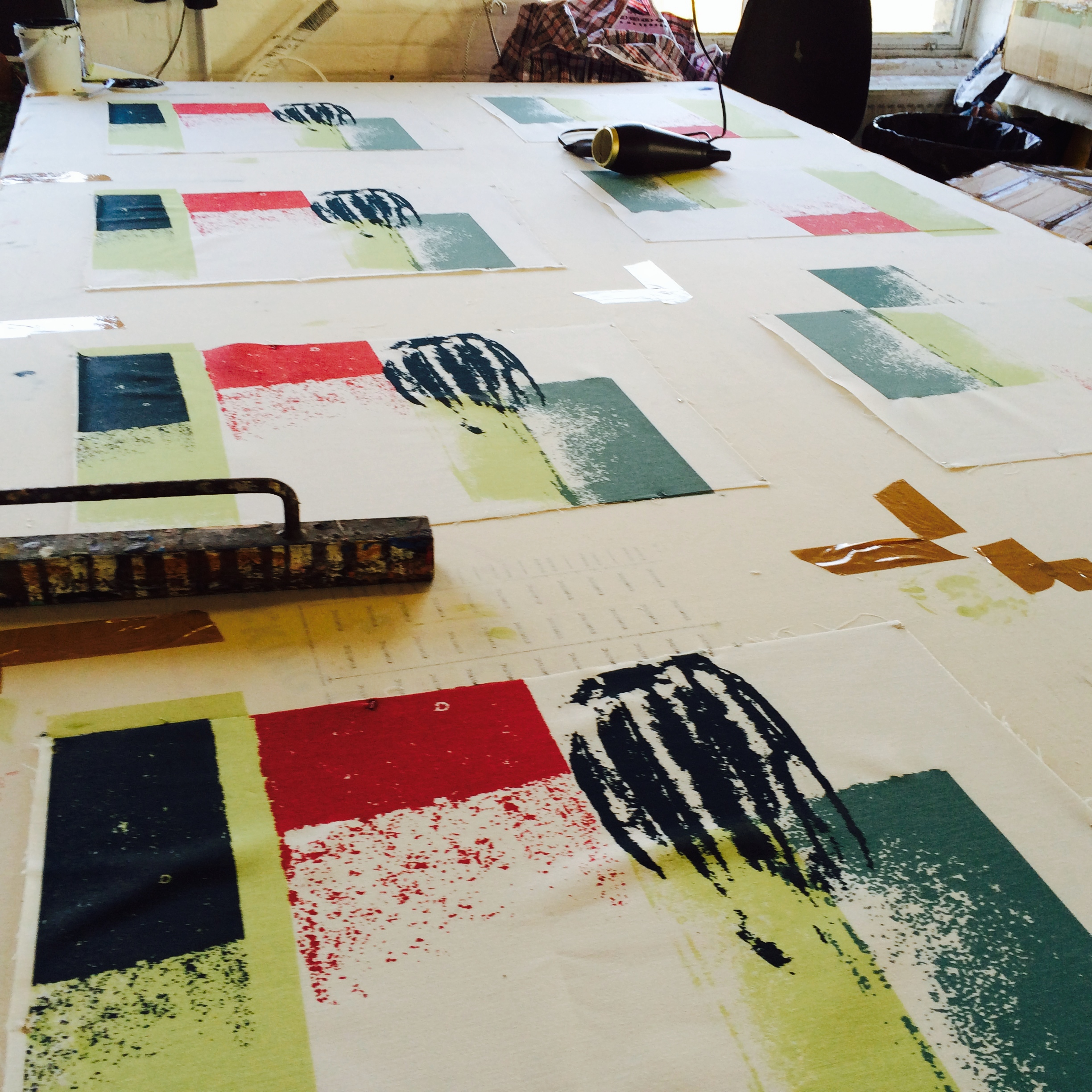 Tea-towels in repeat production