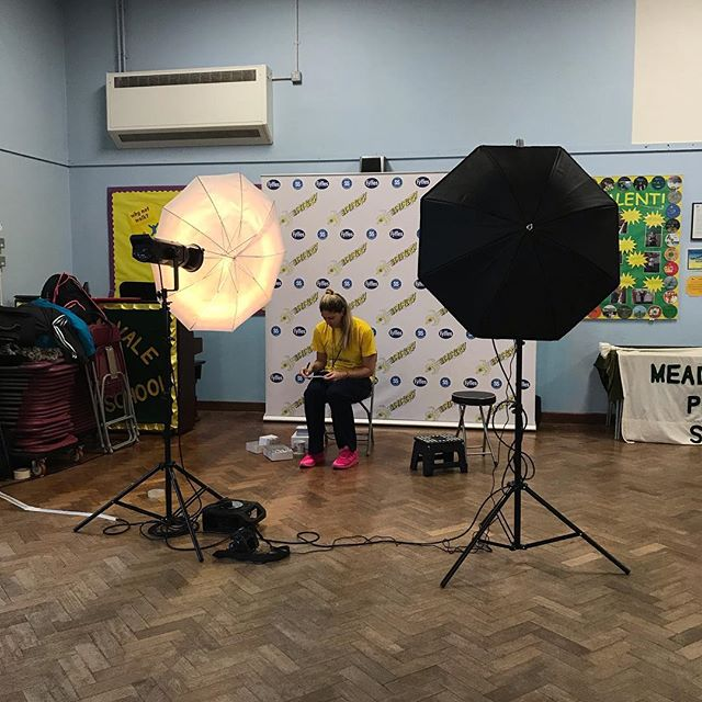 Awesome day with @superschoolsuk motivating and inspiring pupils in Berkshire. Lots of smiling too!! Well done to everyone who took part 📸cred @zoemillsphoto  #SuperSchools #bananergy #fyffes #motivation #inspiration