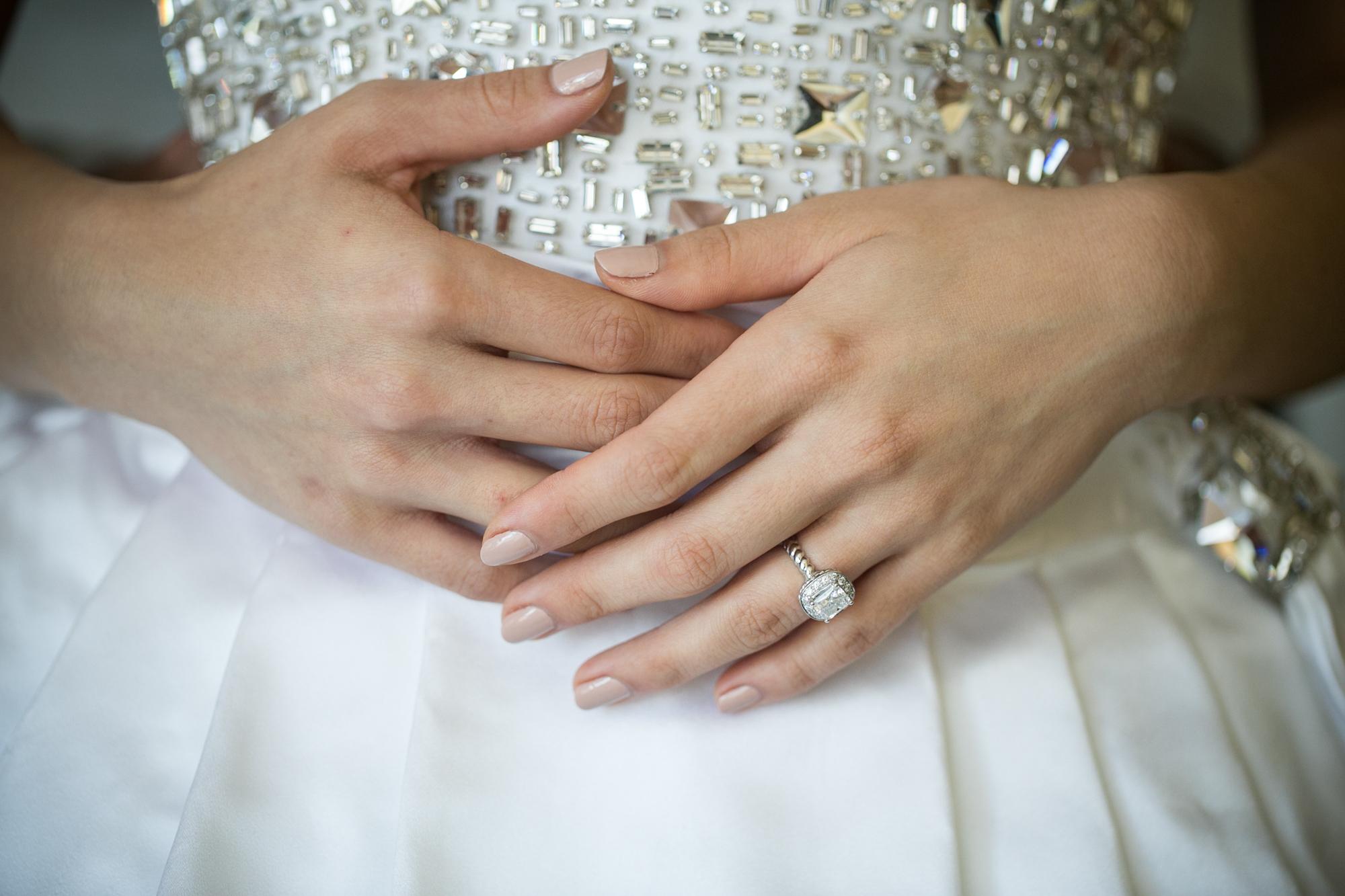 vancouver-luxury-wedding-photographer-lori-miles--4.jpg