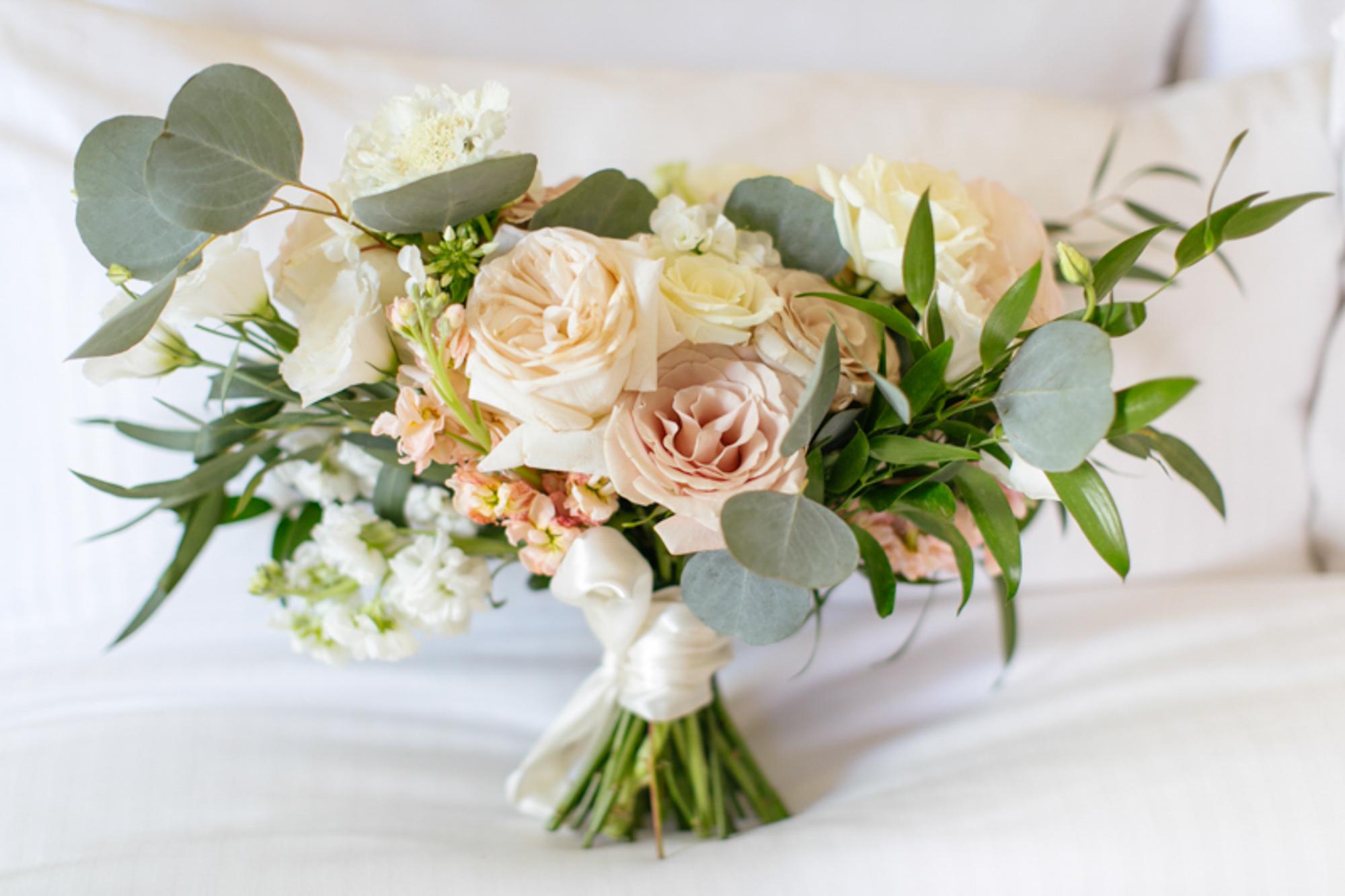vancouver-luxury-wedding-photographer-lori-miles--16.jpg