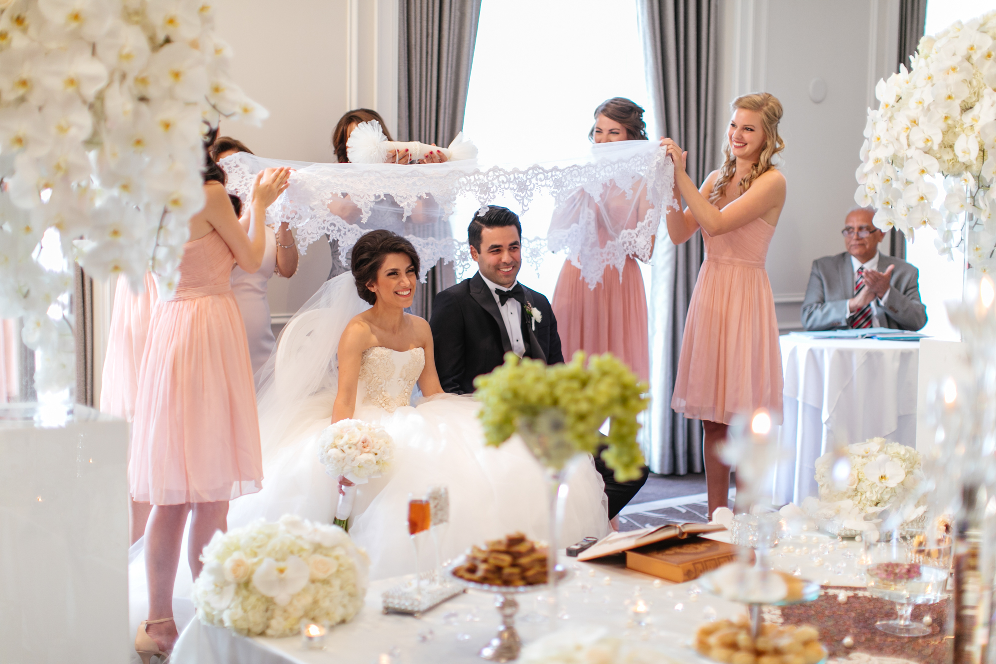 vancouver-luxury-wedding-photographer-lori-miles--17.jpg