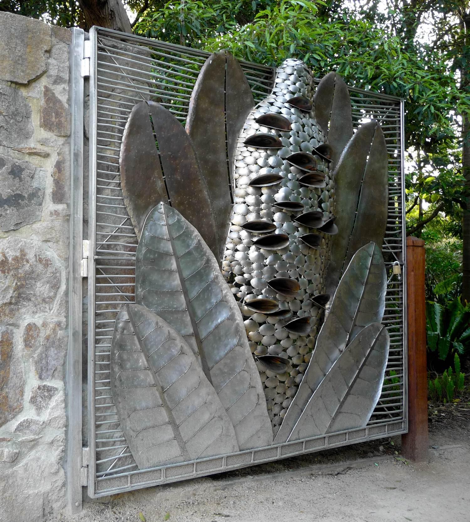 Banksia Gate Open.jpg