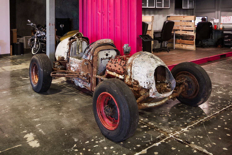 Man-Made-Indy-Car-7.jpg