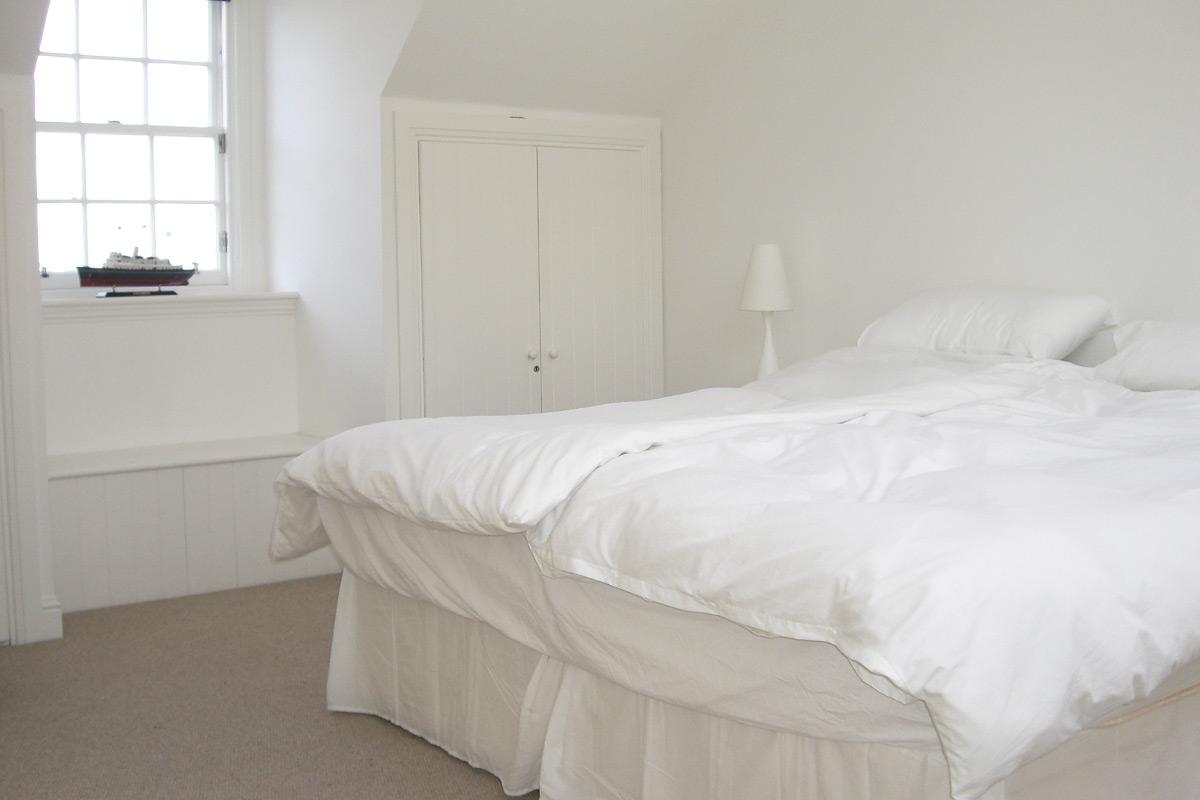 NorthBerwick-bedroom1.jpg