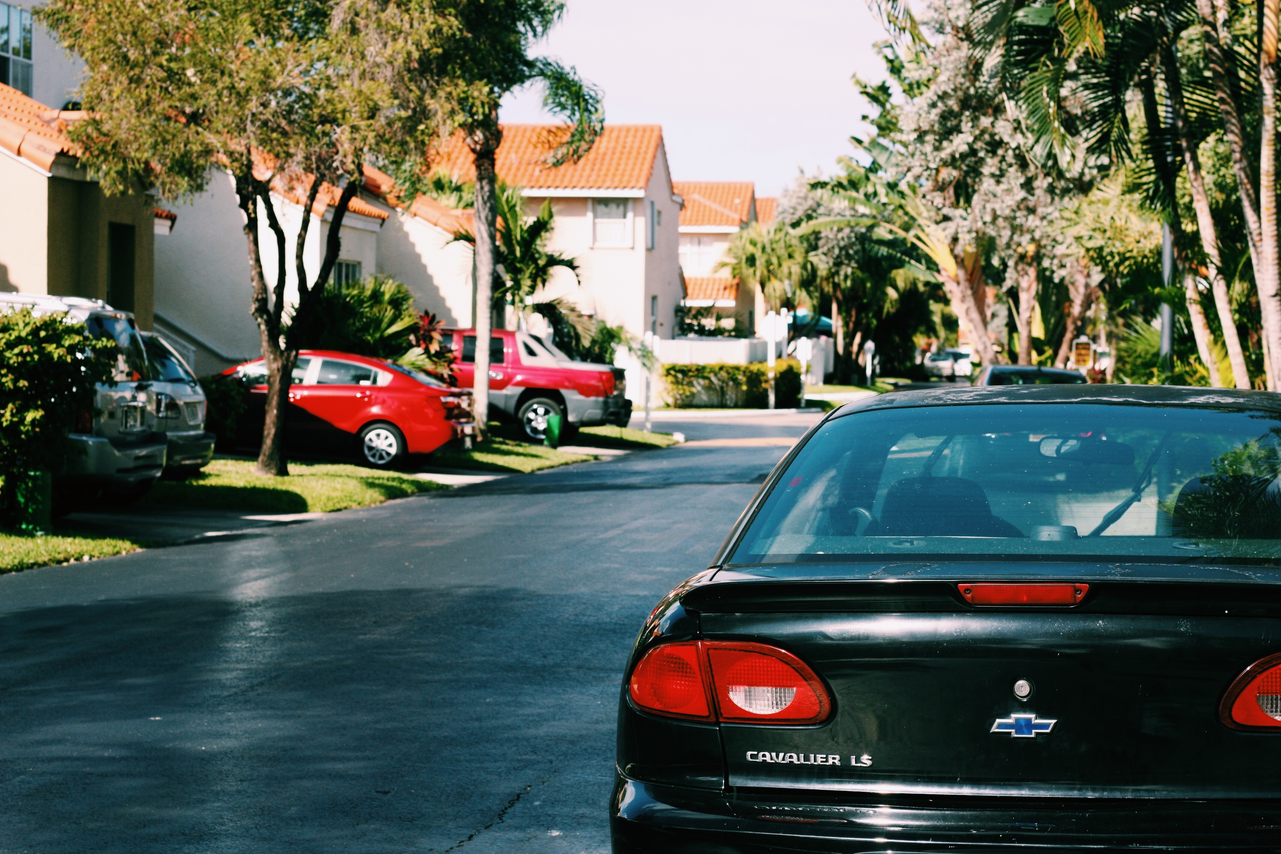 Hollywood suburbs  . There is an air of ease as soon as you hit the streets of suburban Florida.