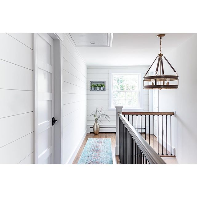All that #shiplap 😍😍 A perfect hallway reno by @lawless_design  Photography : @lindenharlow . . . . . . . #interior123 #interiorstyle #interiorphotographer #bostonphotographer #floridaphotographer  #sarasotaphotographer #interiordesignphotography  #whiteinteriors #decor #whitedecor #interiorphotography #details #housetour #style #laurahenryphoto  #instadecor #smmakelifebeautiful #houseenvy #finditstyleit #sodomino #jungalowstyle #homewithrue #showemyourstyled #ruedaily #lonnyliving #cljsquad #thenewsouthern #hallway #modernfarmhouse