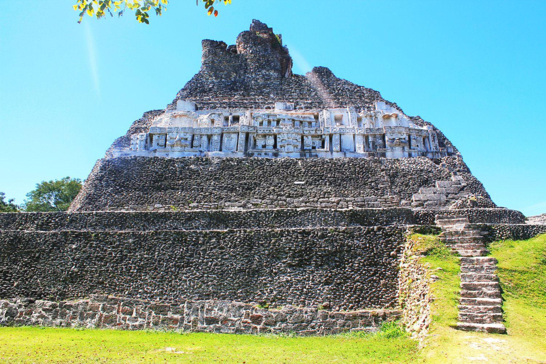 xunantunich-pyramid..jpg