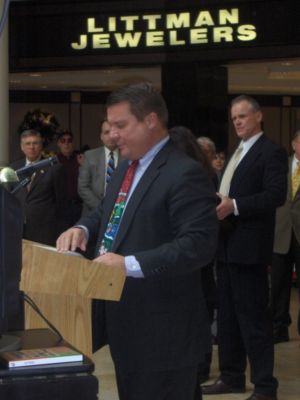 Lackawanna County District Attorney Andy Jarbola speaks to the crowd at the Holiday Safe Drive event in 2012.