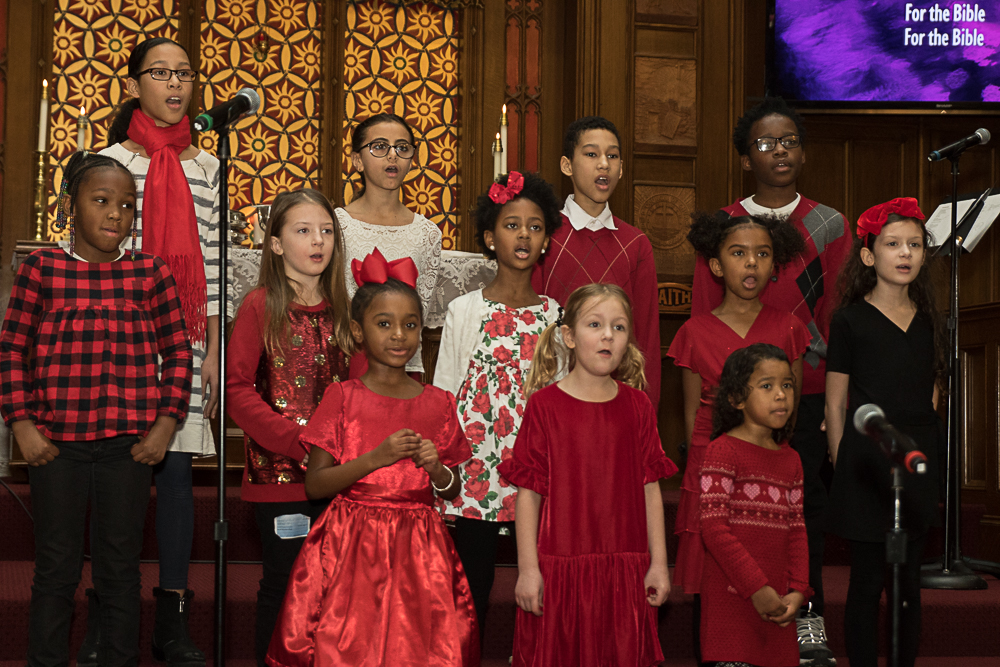 childrenchoir2019.jpg