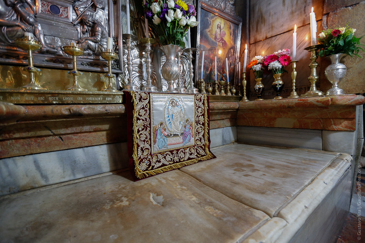 Jerusalem: Interior del Santo Sepulcro de Jesús. Foto: Gustavo Kralj/Gaudiumpress