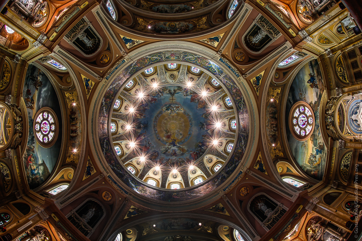 """""""...y permanecían continuamente en el Templo alabando a Dios.""""Foto: Gustavo Kralj/GaudiumpressImages"""