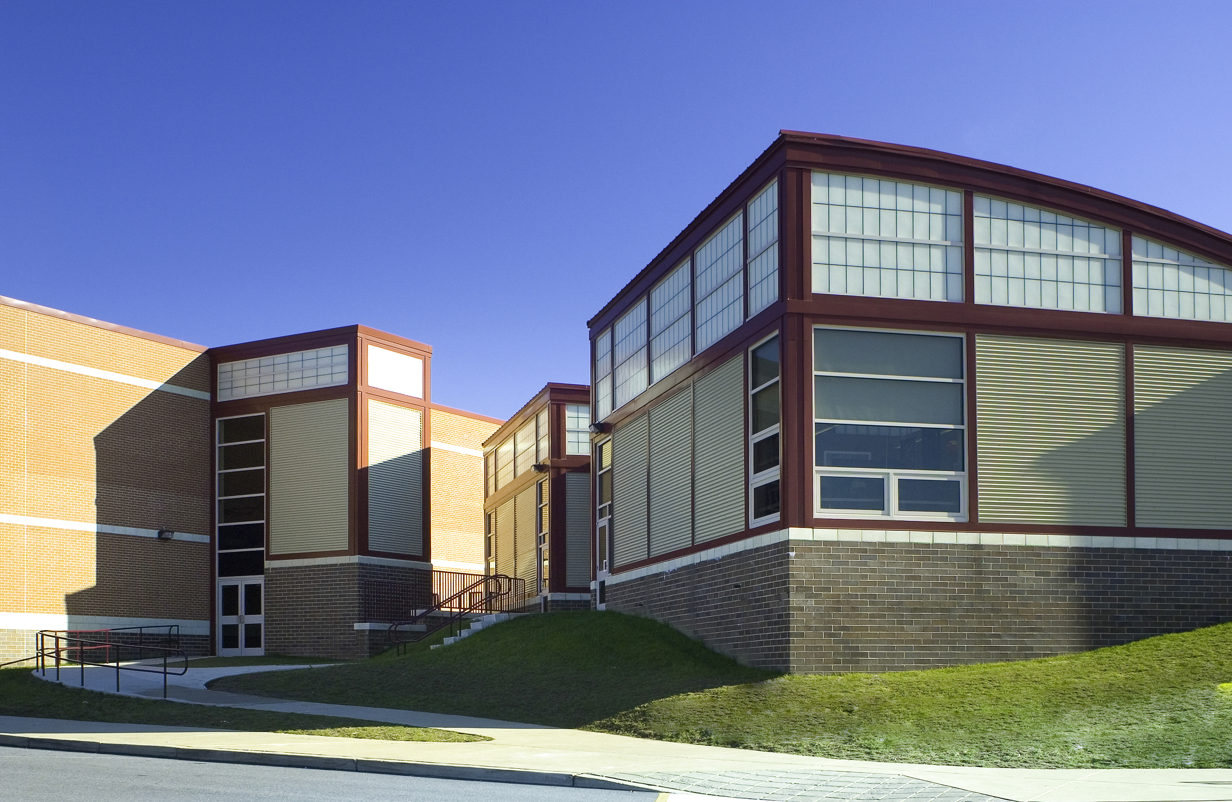 GarnetValley_HighSchool02.jpg