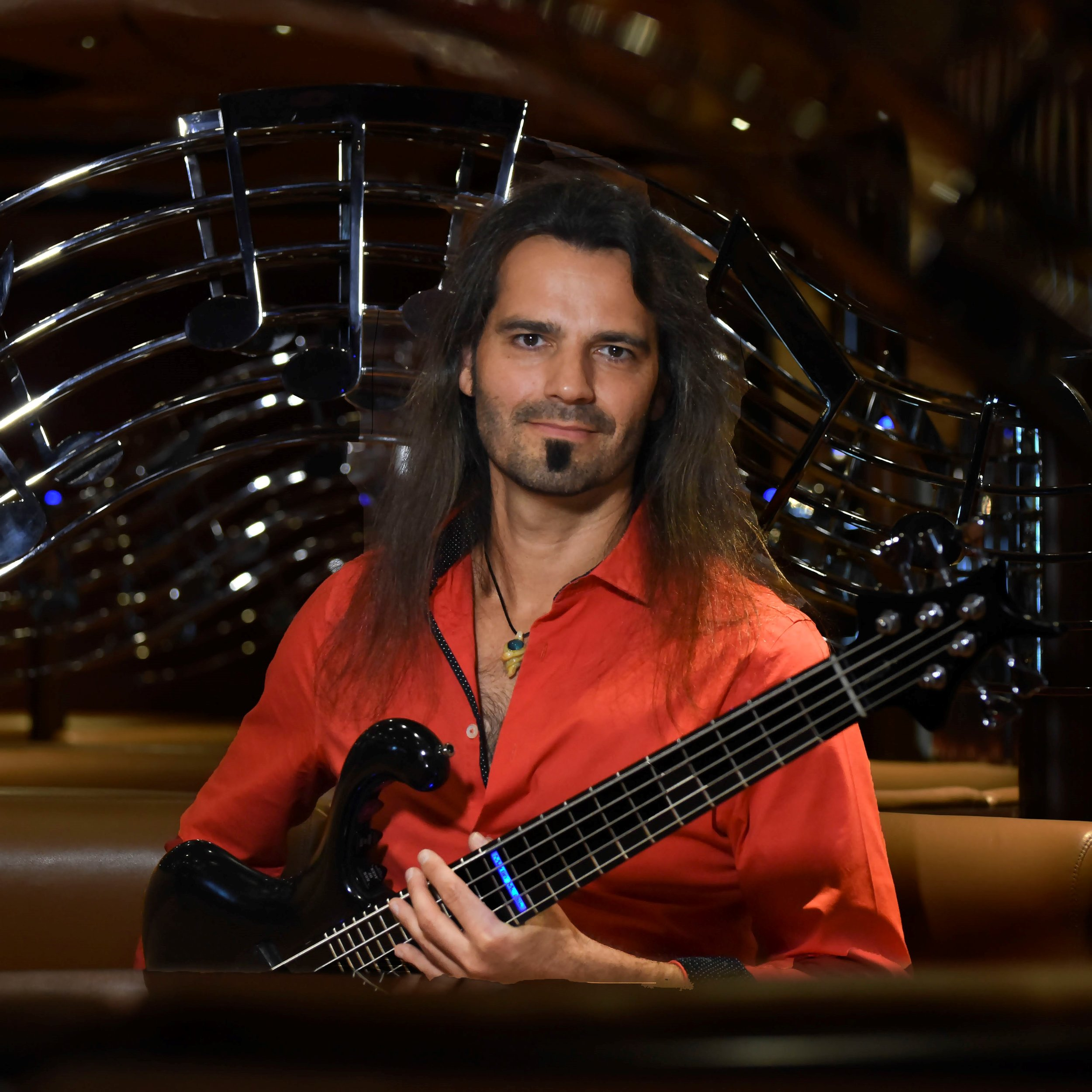 Martin Motnik Bass