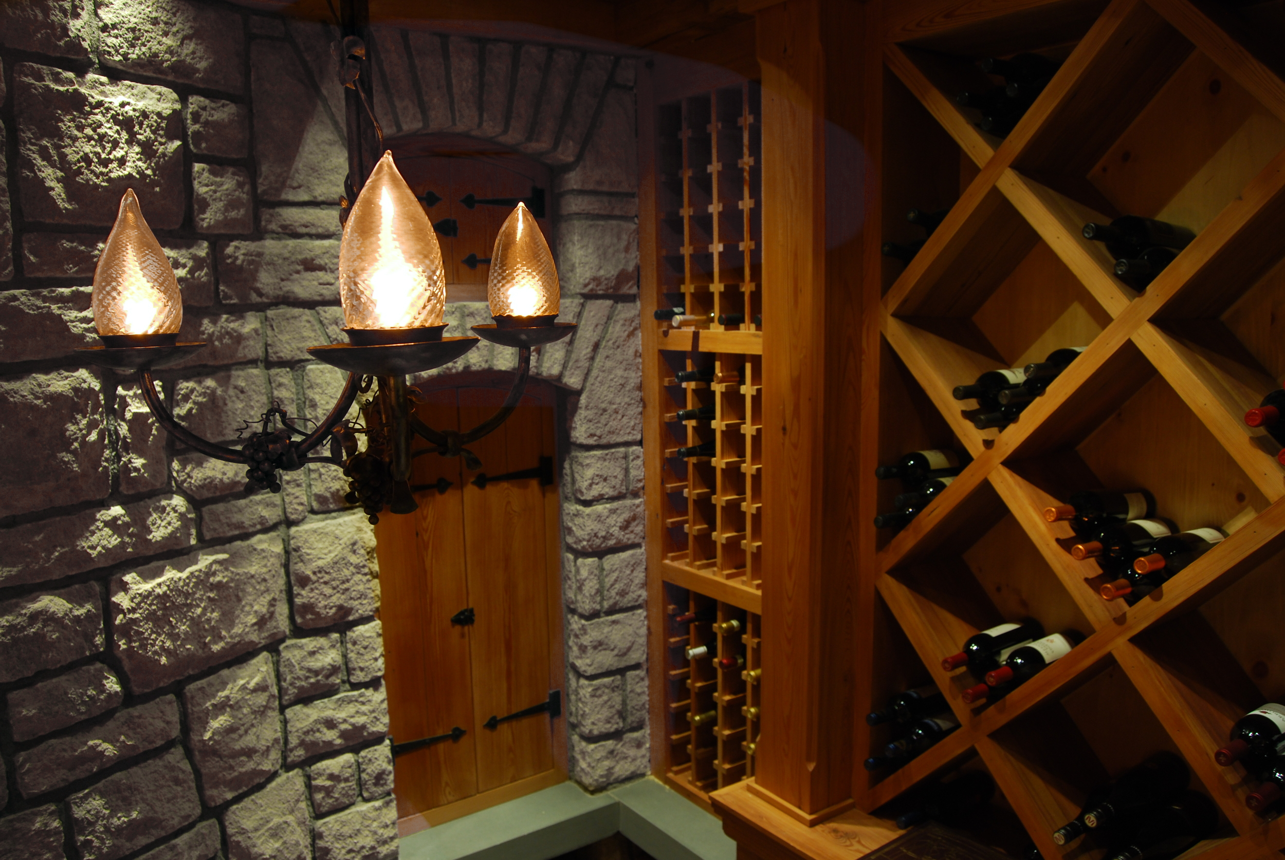 Hassford Gulch Cellar:  Hand crafted pendant with realistic fiber optic flickering gas flames.
