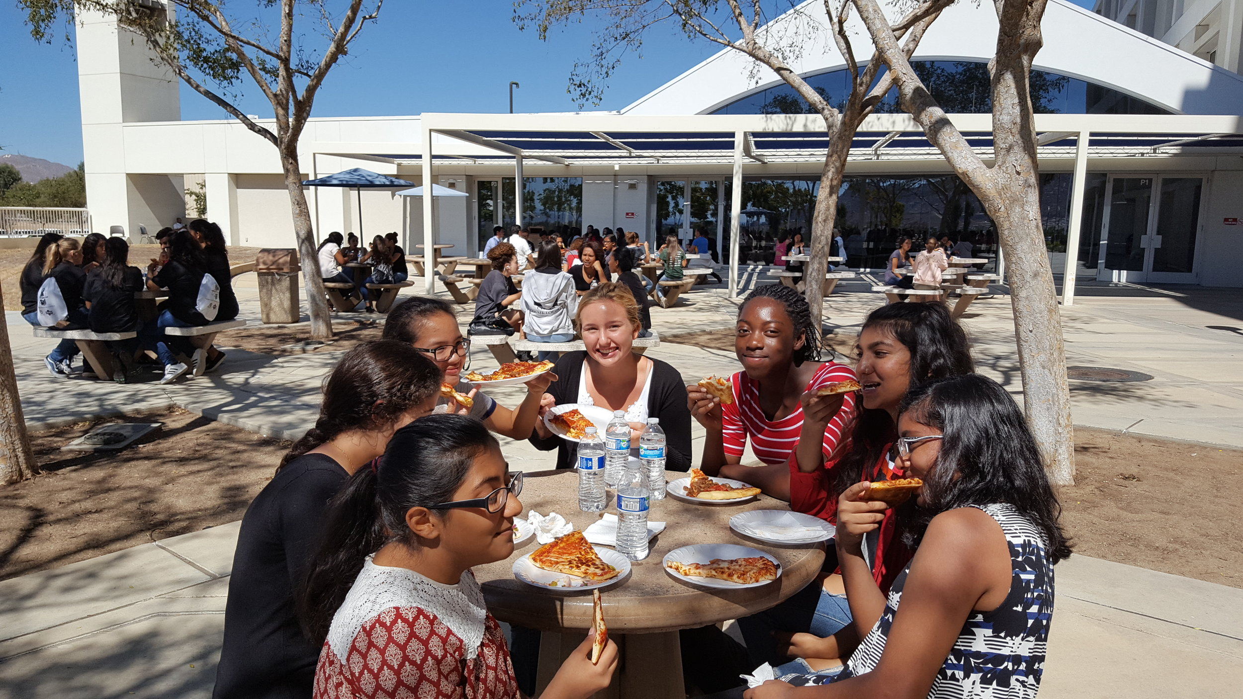Students eating lunch.