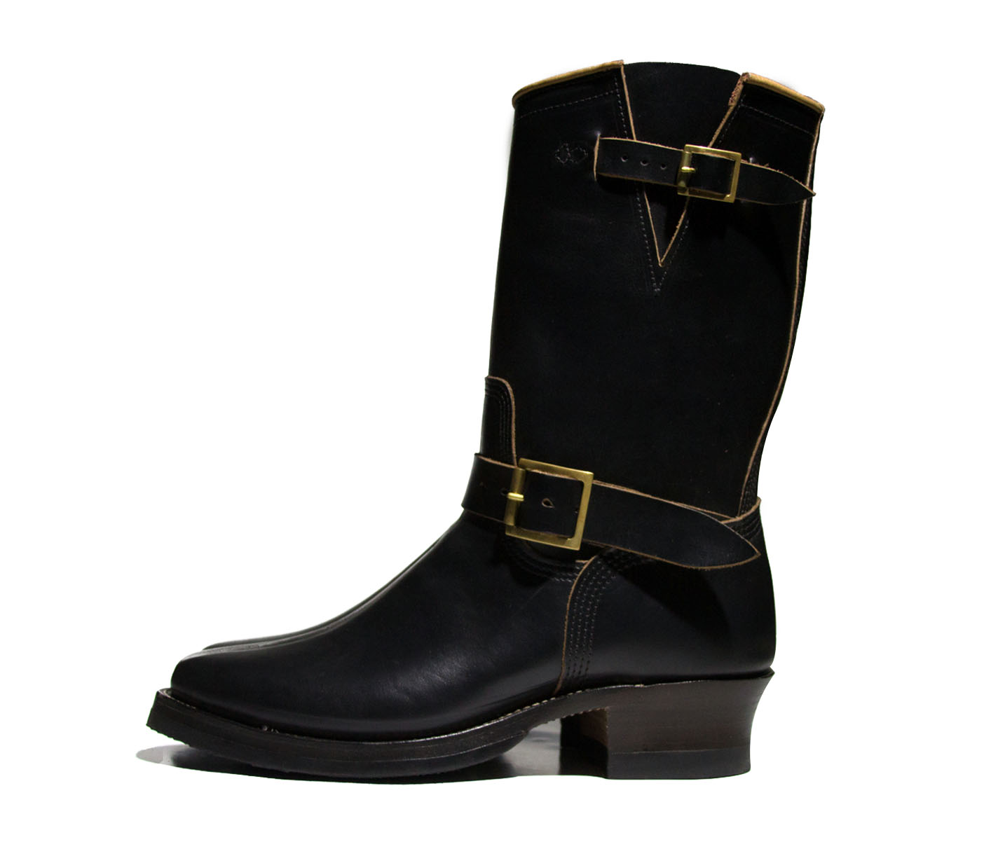 black boot profile.jpg