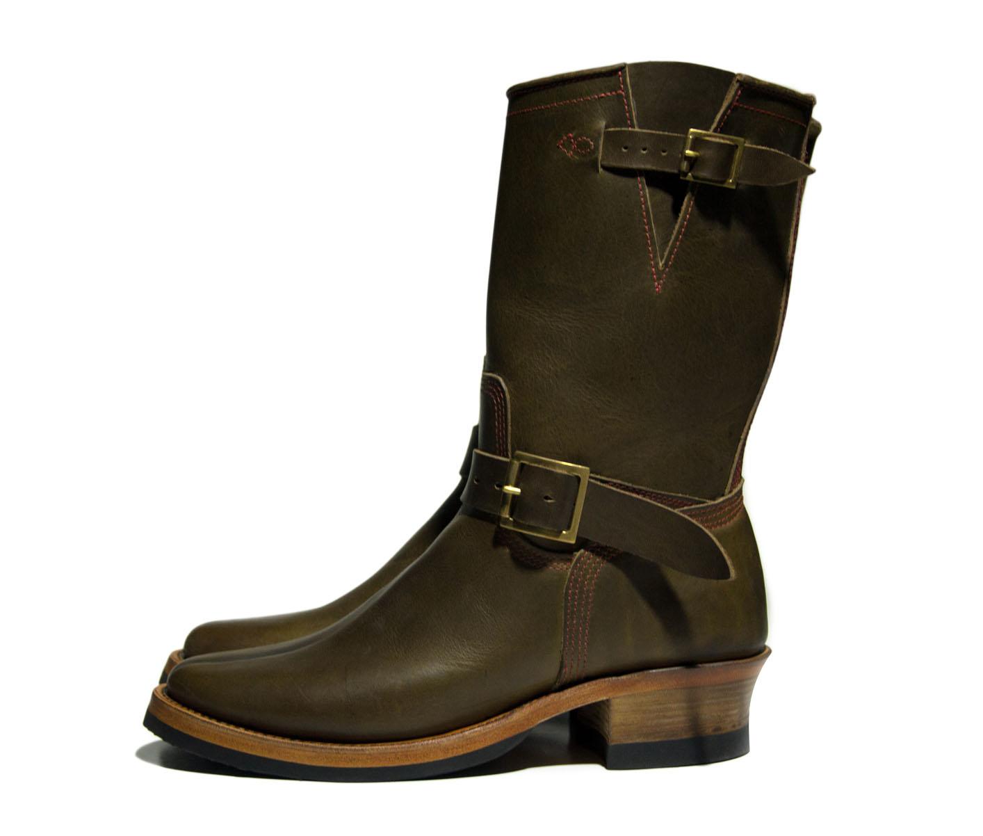 green  boot profile.jpg