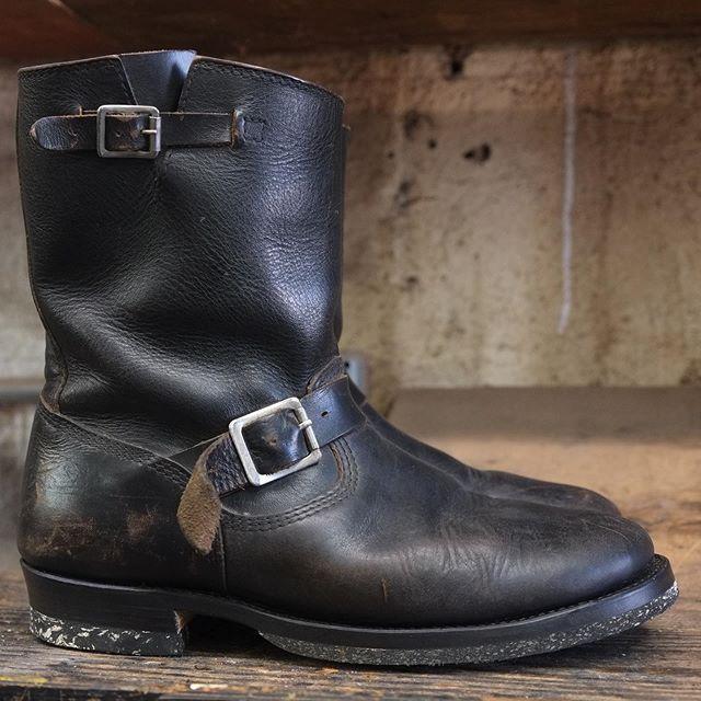 Engineer boot resole. RC corded halfsoles and heels. Low woodsman. Dark brown edge finish. #RoleClub #bootrepair #engineerboots