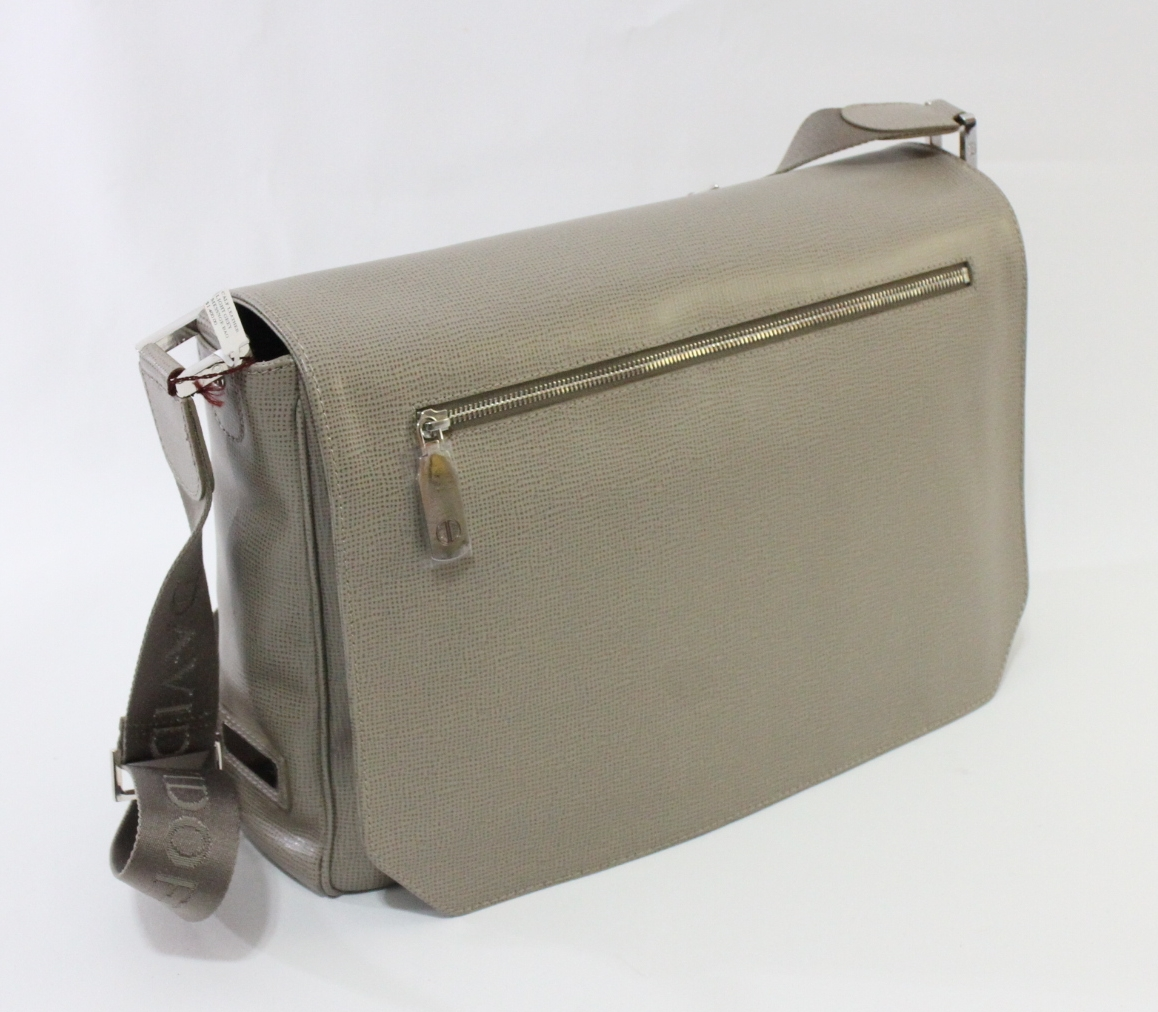 Davidoff Urban Messenger Bag