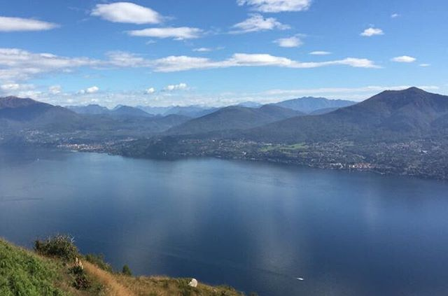 Rewarding view after a wonderful hike #Lago #italylove #blueblueblue #hiking #mirror #whydontilivehere #sunday #nofilterneeded