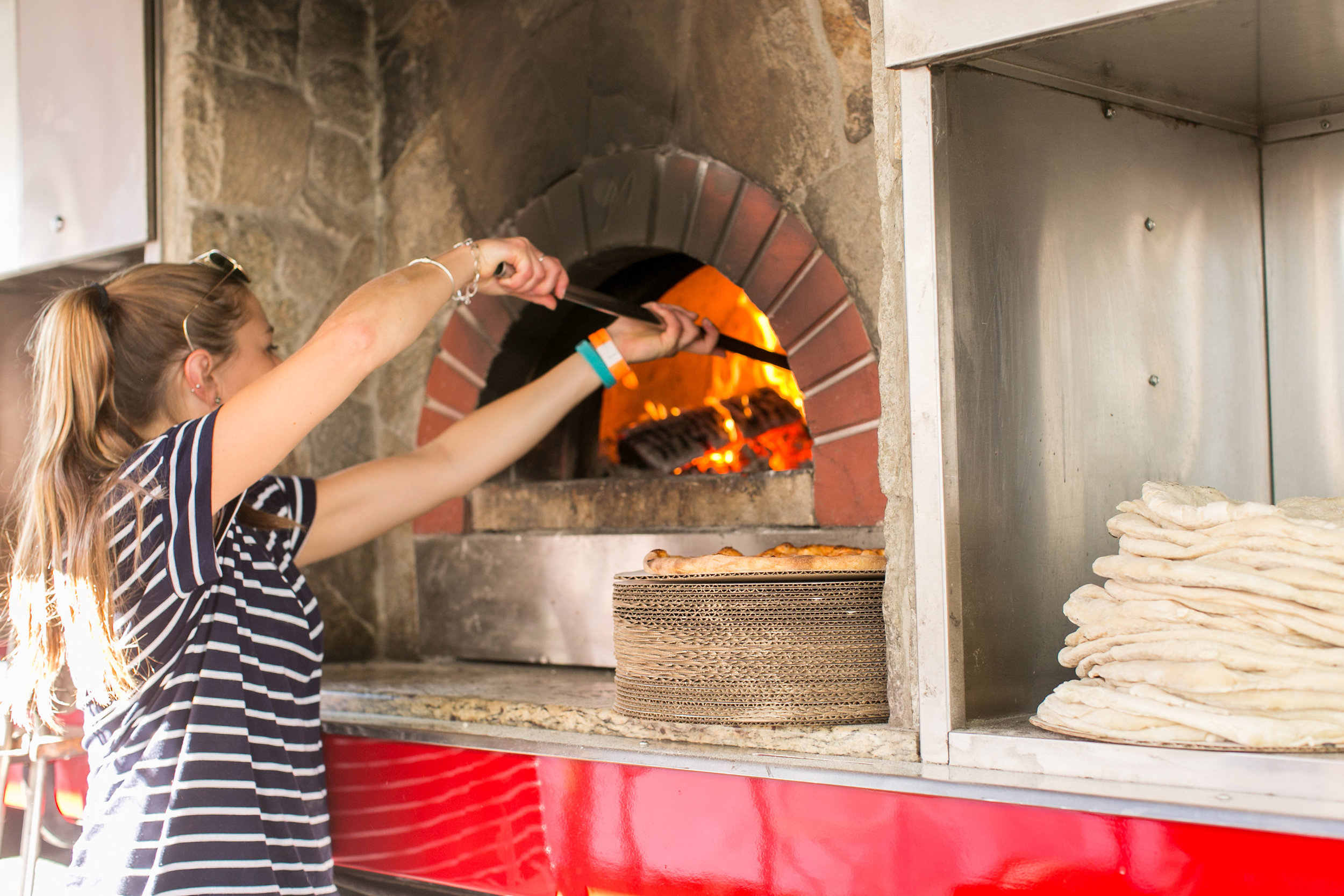 The Pizza Truck at the Greenwich Wine and Food Festival 2016 | CTEatsOut.com