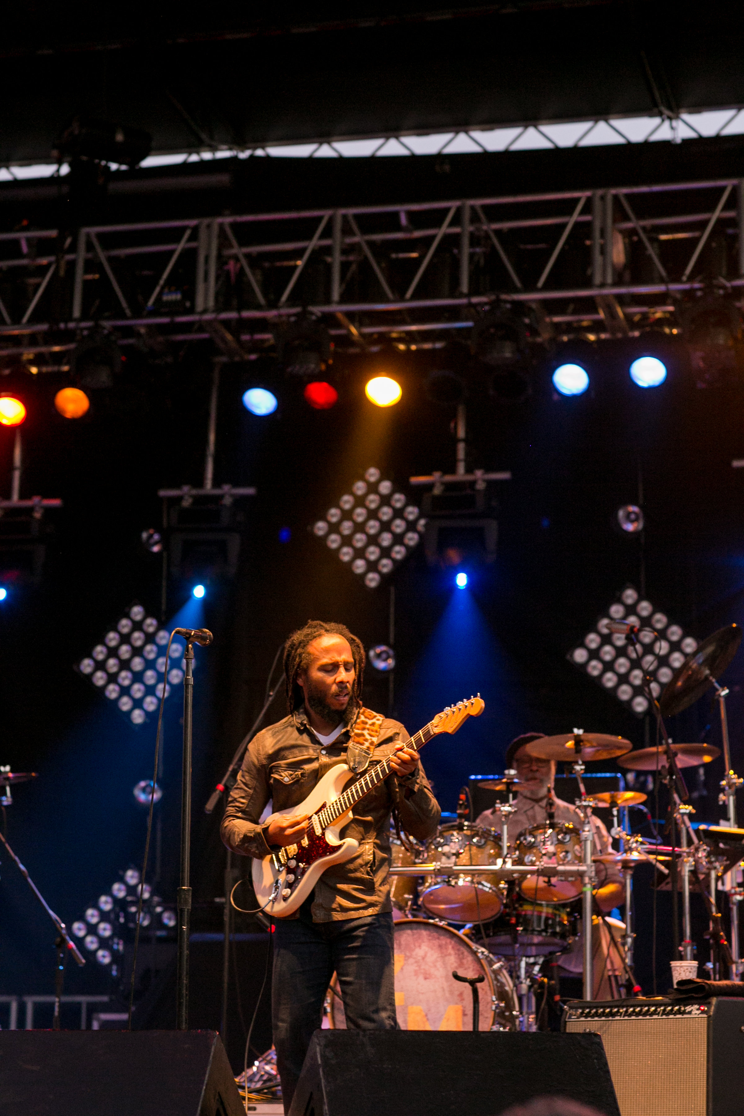 Ziggy Marley performing at the Greenwich Wine and Food Festival 2016 | CTEatsOut.com