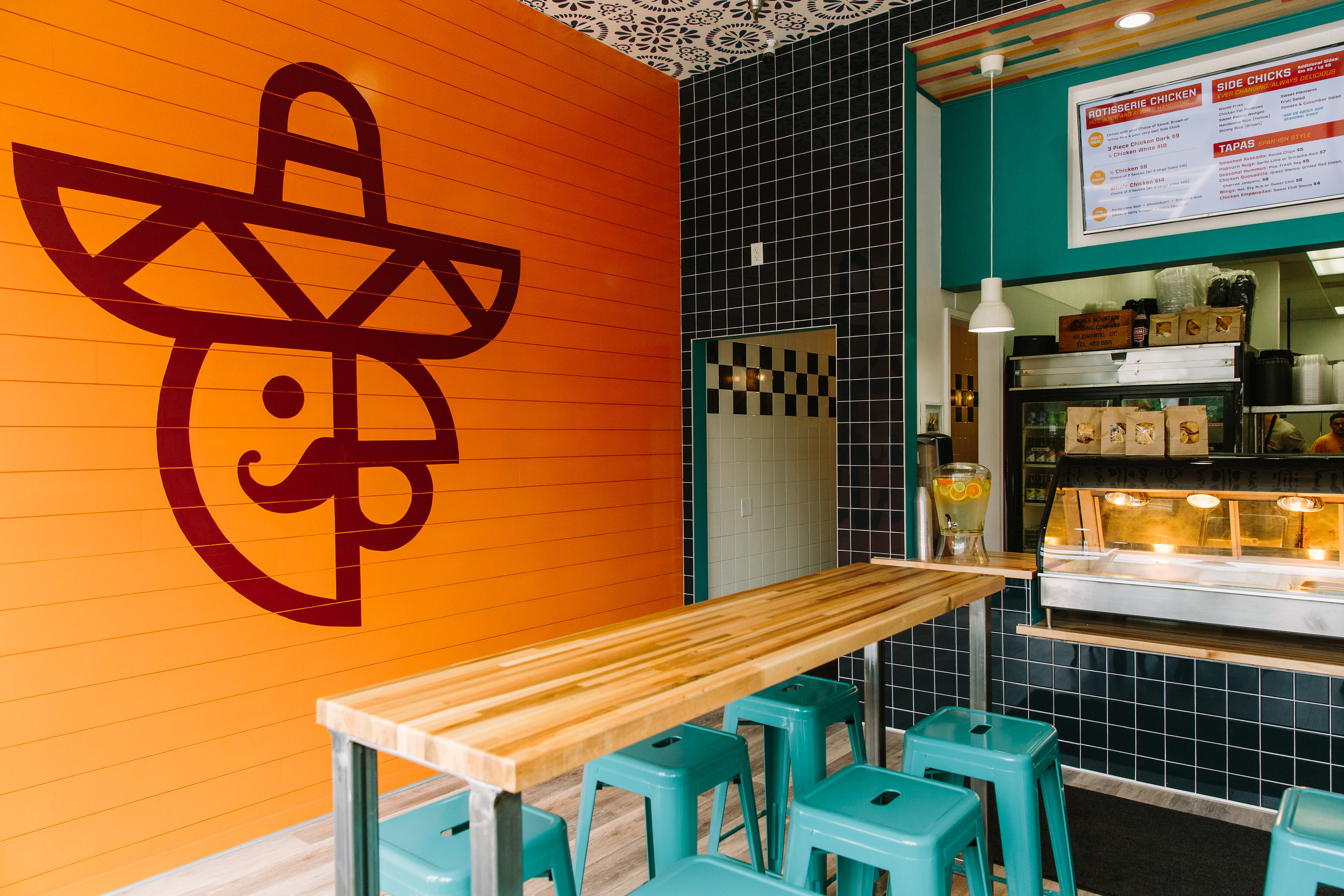 Mercado Food Truck Owners Open El Pollo Guapo In Wethersfield CT Eats Out