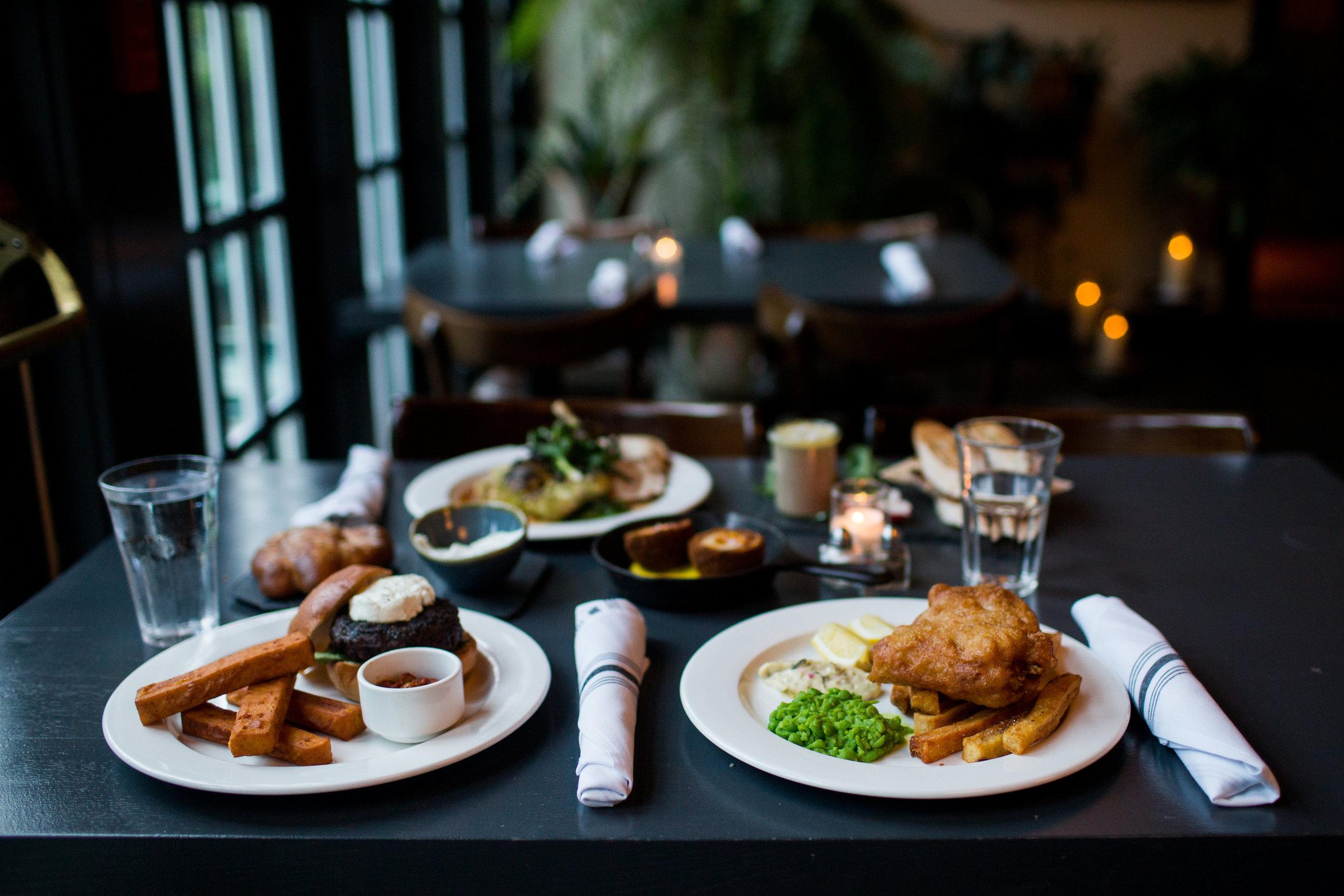 The White Hart Inn Restaurant.jpg