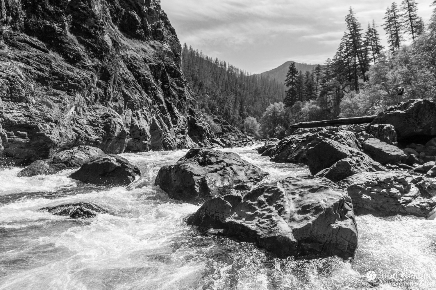 Boulders choke up the entrance drop to Green Wall at this level (around 800 cfs).
