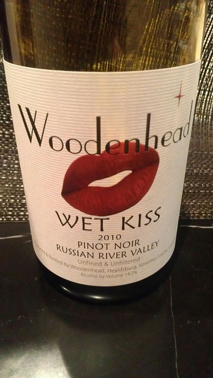 Woodenhead_2010 Pinot_RR-WEt Kiss.jpg