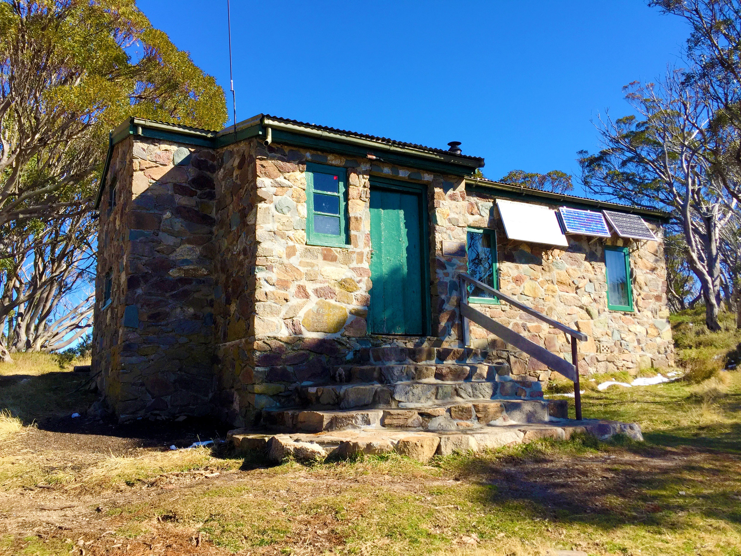 Cleve Cole Memorial Hut