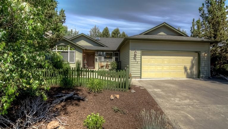 $313,000 Larkspur    3   Beds   2     Baths 1,721   Sq. Ft.