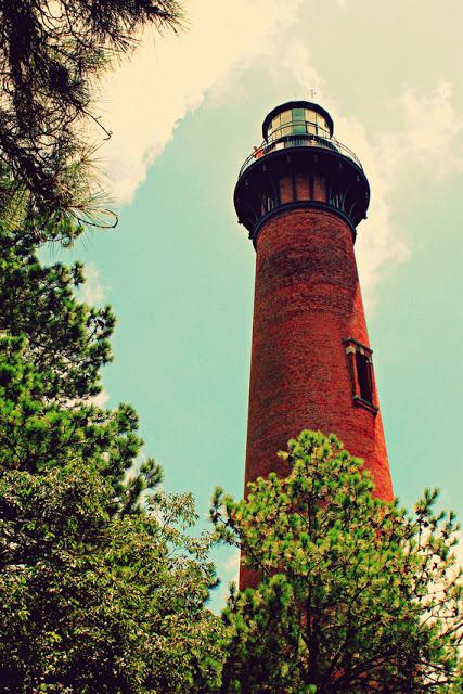 Currituck+Lighthouse_phixr.jpg