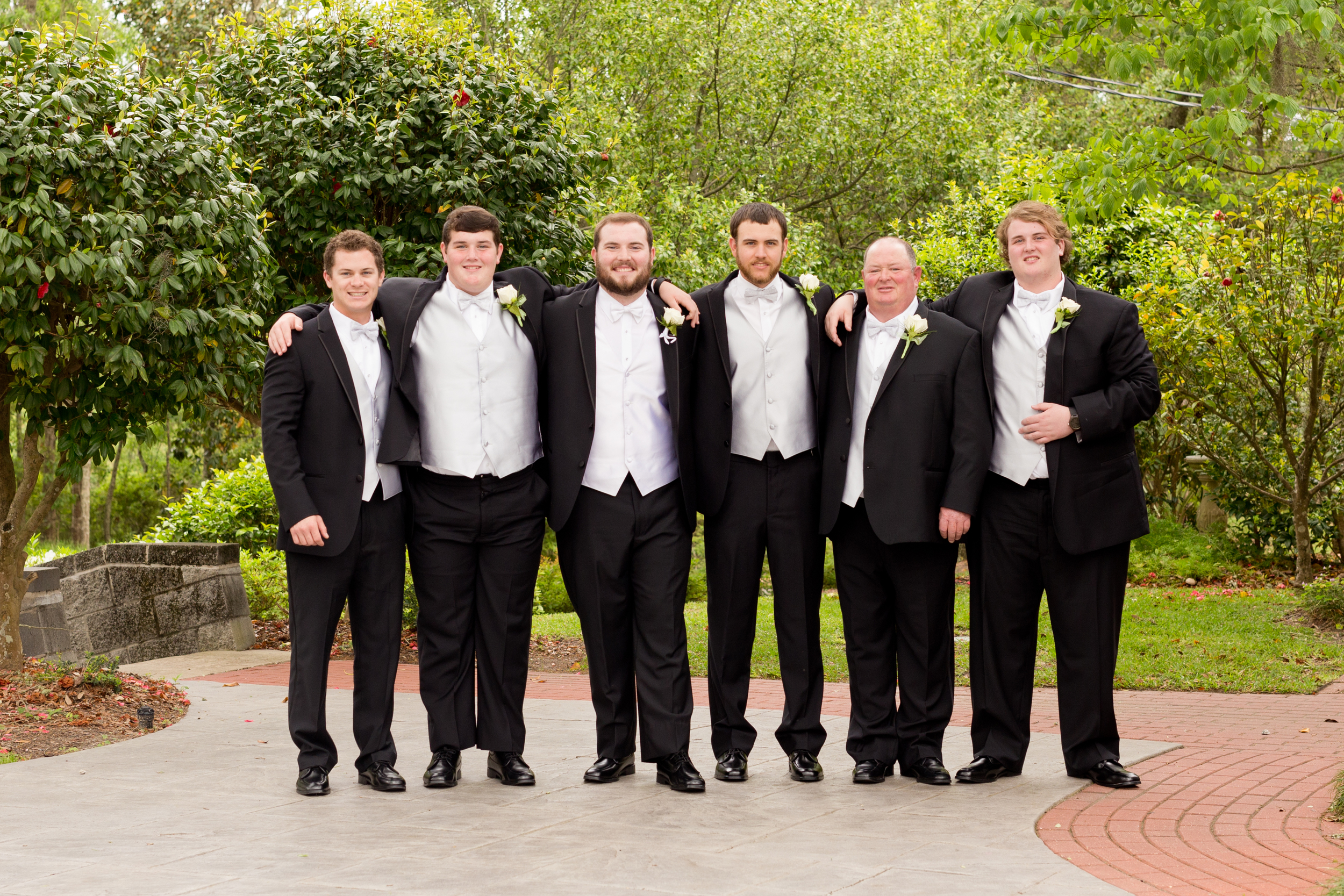 groom and groomsmen wedding portrait