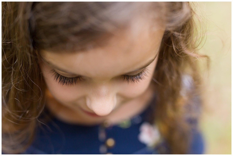 closeup of eyelashes on little girl