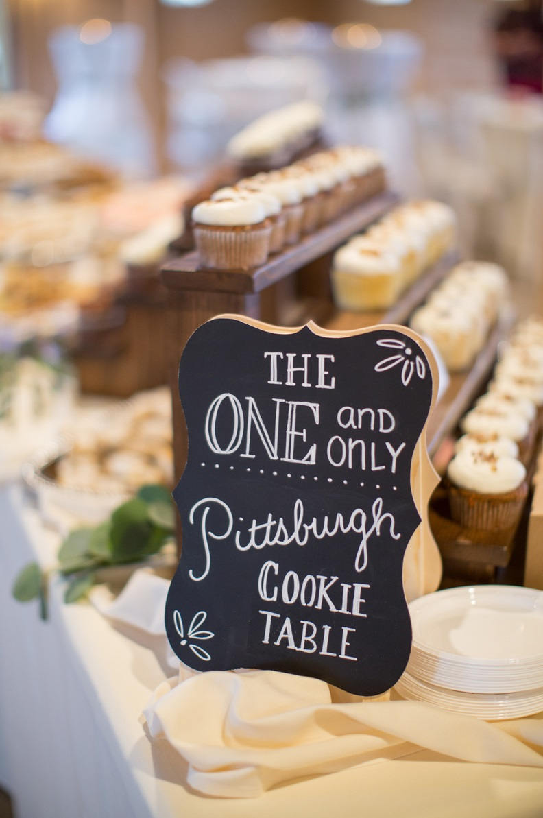 Cupcake Stand_wedding.jpg