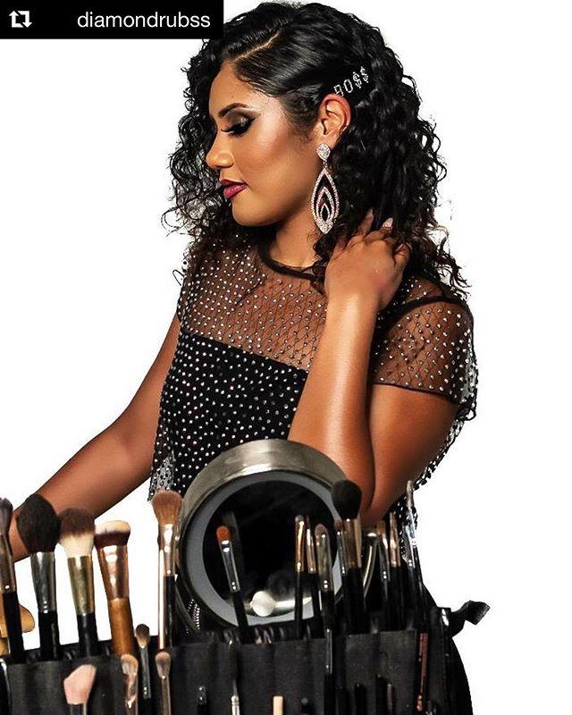 #Repost @diamondrubss ・・・ I BO$$ed myself up cuz I'm too much on my grind, focused on myself! 💎  #diamondartistry #makeupbyrubss 📸 @sir1photography • • #hairbyrubss #lamua #makeupartistla #lamakeupartist #losangelesmakeupartist #makeupartistlosangeles #lahairstylist #losangeleshairstylist #lacosmetologist #lahairstylists #beauty #diamond #bossbabe #bossgirl #entrepreneurlife #grindmode #beautyphotography #laphotographer #bosslady #brushfolio