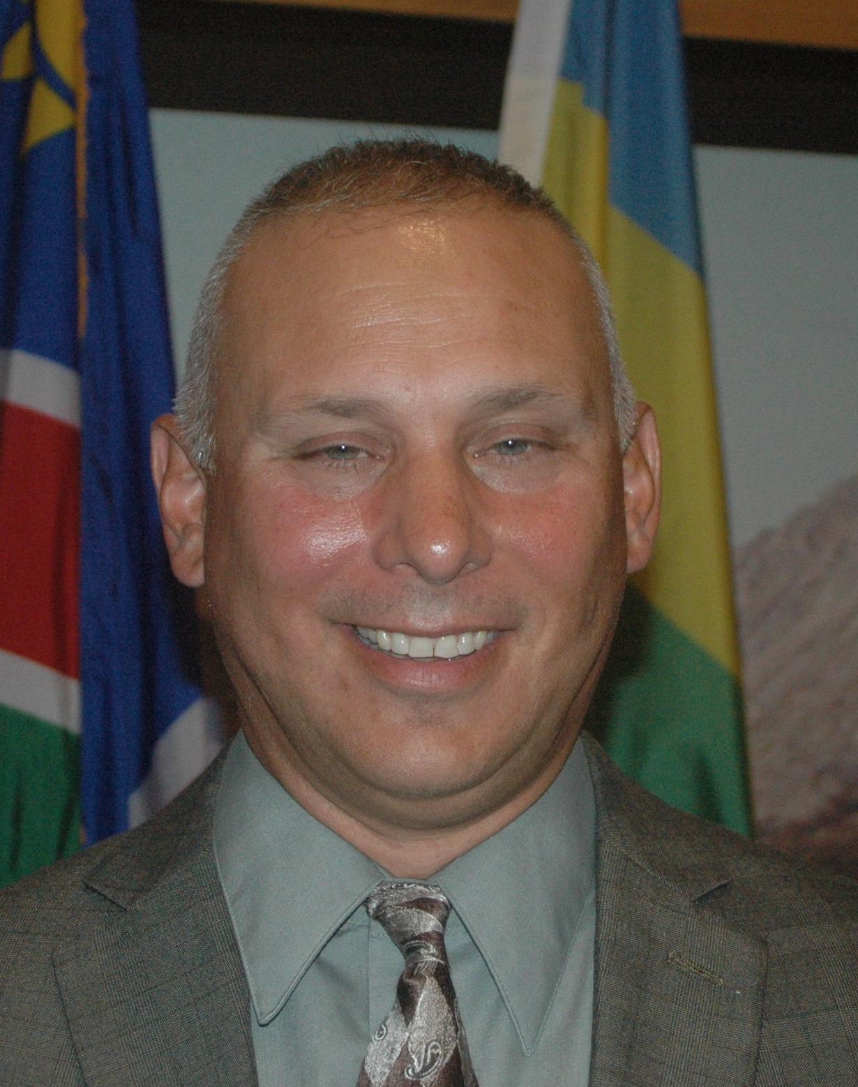 Lt. Wayne Saunders.JPG