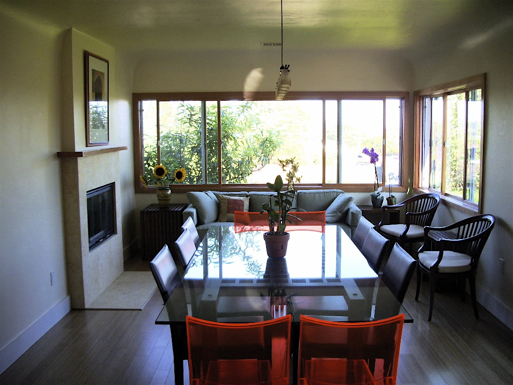 The dining area and casual sitting area. The large window frames a great view of downtownSan Diego.