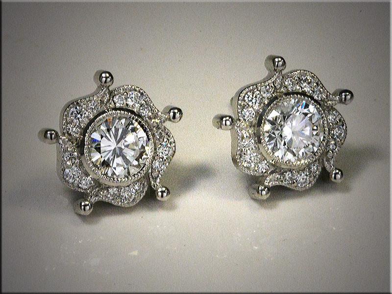 Diamond fashion earrings. p565-L.jpg